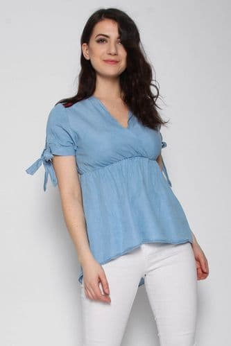 MISSI CHAMBRAY BLUE WRAP TOP BNWT SIZE 10-12