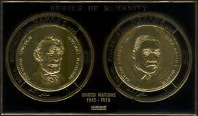 Ajman 1970  Martin Luther King/ President Lincoln/ UN/ People   GOLD IMPERFORATE m/s (s2825e)