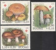 Finland 1980 Red Cross/ Fungi/ Mushrooms/ Medical/ Health/ Welfare/ Nature 3v set (b2362)