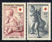 France 1955 Red Cross  /  Medical  /  Children  /  Goose  /  Art  /  Sculpture  /  Health 2v set n29911