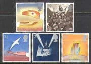GB 1995 Red Cross  /  Peace  /  Freedom  /  UN  /  WWII 5v set (n22540)