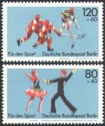 Germany (B) 1983 Ice Hockey/ Skating/ Dancing/ Sports/ Games/ Dance 2v set (n27509)