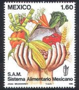 Mexico 1982 Food  /  Crops  /  Farming  /  Fish  /  Hands  /  Fruit  /  Wheat  /  Maize 1v (n39937)