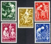 Netherlands 1962 Welfare Fund  /  Children  /  Cycling  /  Bikes  /  Music  /  Chickens 5v (n39912)