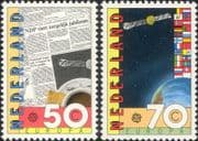 Netherlands 1983 Europa/ Communications/ Newspaper/ Satellite/ Space/ Flags 2v set (n46288)