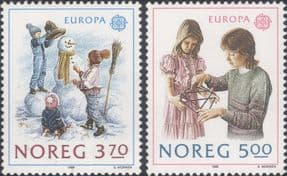Norway 1989  Europa/ Children's Games/ Leisure/ Snowman/ Sports  2v set  (n46395)