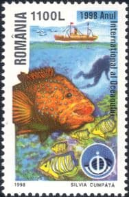 Romania 1998  International Year of the Ocean/ Diver/ Fish/ Boat/ Ship  1v  (n17672e)