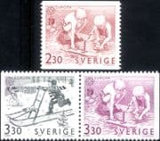 Sweden 1989  Europa/ Children's Games/ Toys/ Boats/ Sled/ Toboggan  3v set coil/booklet  (n46346)