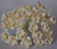 1.3cm IVORY DOUBLE-LAYERED Daisy Mulberry Paper Flowers