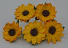 3 cm YELLOW CHRYSANTHEMUM DAISY Mulberry Paper Flowers miniature card wedding
