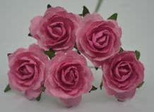 DEEP PINK PINK CENTER  ENGLISH (2.5-2.7 cm) Mulberry Paper Roses
