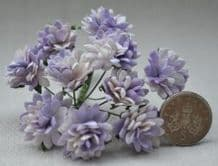 PALE LILAC ASTER Daisy (1.3 cm) Mulberry Paper Flowers