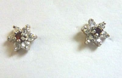 9ct Gold Small Cubic Zirconium and Garnet Cluster Studs                   A52684