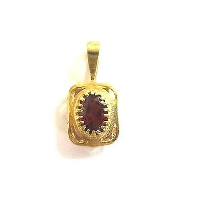 9ct Gold Small Vintage Garnet Set Pendant                                 A90871