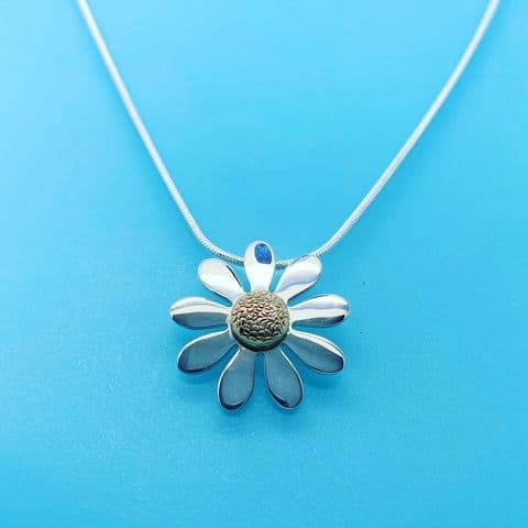 Genuine 925 Sterling Silver Daisy Pendant With 9 Carat Gold Centre & Snake Chain