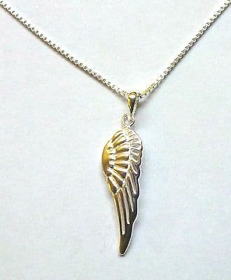Sterling Silver Single Angel Wing Pendant on 16 inch Box Chain            B32130
