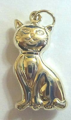 Sterling Silver Sitting Cat Charm / Pendant                               B97240