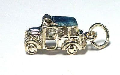 Sterling Silver Vintage London Taxi Cab Charm                             36453