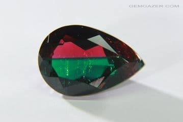 Bi-colour Synthetic Beryl (green & red), Russia. 2.86 carats.